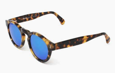 leonard-tortoise-with-blue-mirrored-lenses-side-grey