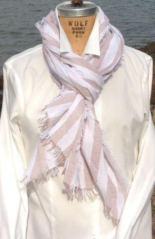 Tan_and_white_striped_scarf_massive